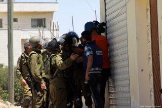 Rapporto: 56 violazioni israeliane contro giornalisti a Gerusalemme