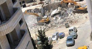 IOA demoliscono casa palestinese, lasciando i proprietari senza un tetto