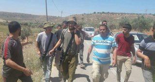 Coloni aggrediscono e feriscono minorenne palestinese a Betlemme