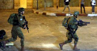 Scontri a Gerusalemme tra giovani locali e forze di occupazione