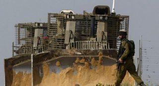 Le forze israeliane invadono aree di Gaza e piazzano case mobili in Cisgiordania
