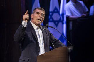 """Ministro degli Esteri israeliano afferma che annessione non è una questione """"all'ordine del giorno"""""""