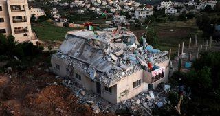 Autorità israeliane demoliscono casa palestinese a Lod