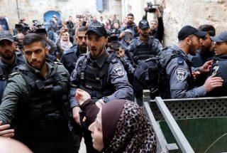 Una famiglia palestinese obbligata a lasciare la propria casa a Gerusalemme da un tribunale israeliano