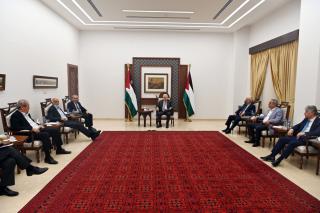Comitato presidenziale di crisi discute condizioni politiche attuali palestinesi