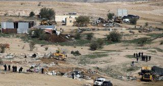 Resilienza palestinese e colonialismo israeliano: villaggio beduino demolito per 177ª volta