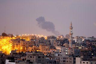Gaza è in lock-down per il Covid-19 ma il blocco e i bombardamenti di Israele continuano senza tregua