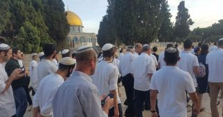 Palestinese ferito e diversi altri sequestrati dalle IOF nel nord di Ramallah