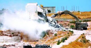 Ordini di demolizione contro case palestinesi a Nahalin