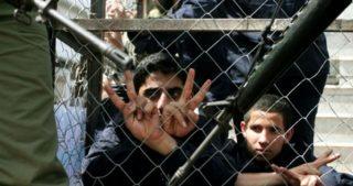 20 minorenni palestinesi in cattive condizioni di prigionia nel carcere di Damon