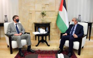 Primo ministro Shtayyeh: leadership rifiuta estorsioni israeliane