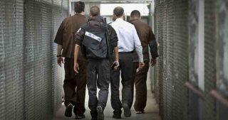 Corte israeliana condanna diciassettenne palestinese a 5 anni di carcere. Una famiglia prigioniera di Israele