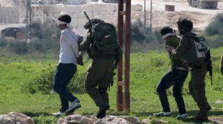 Diciotto palestinesi arrestati in Cisgiordania