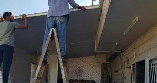 Autorità israeliane obbligano famiglia di Gerusalemme a demolire i propri negozi