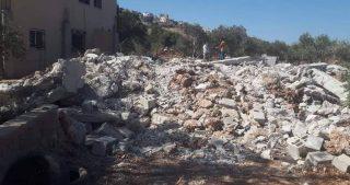 IOF demoliscono casa nel villaggio di at-Tayba