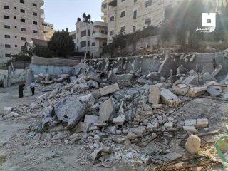 Le IOA eseguono demolizioni nel campo profughi di Shu'afat