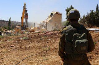 Aumenta il numero di demolizioni delle proprietà private palestinesi da parte di Israele