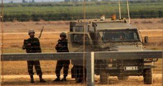 Due palestinesi di Gaza arrestati dopo aver attraversato la barriera di confine
