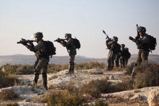 10 famiglie palestinesi sfollate per fare spazio a esercitazioni militari israeliane