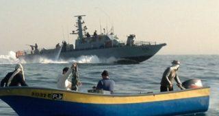 La Marina israeliana attacca i pescatori gazawi