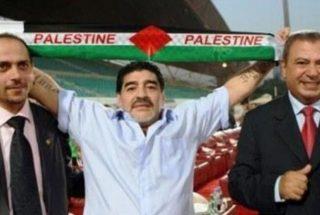 """""""Nel mio cuore sono un palestinese"""": la Palestina piange il leggendario calciatore Diego Armando Maradona"""