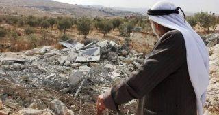 IOA demoliscono casa a Sur Baher, e sequestrano otto camion a Gerusalemme