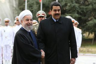 Iran invia un'altra petroliera al Venezuela contro le sanzioni USA