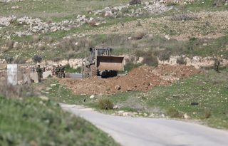 Punizioni collettive: Israele distrugge terre agricole in villaggio vicino a Ramallah