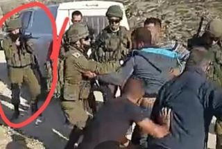 Palestinese diventa tetraplegico dopo essere stato colpito al collo da un proiettile delle IOF – il video