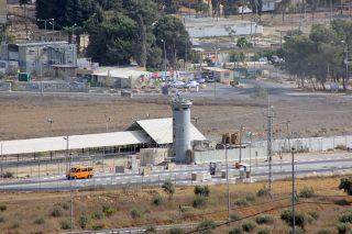 Condizioni disumane nelle carceri israeliane: acqua piovana inonda celle di detenuti palestinesi a Huwwara