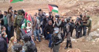 IOF reprimono manifestazione anti-colonie vicino a Nablus