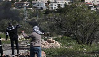IOF feriscono minorenne palestinese a colpi d'arma da fuoco nell'area di Ramallah