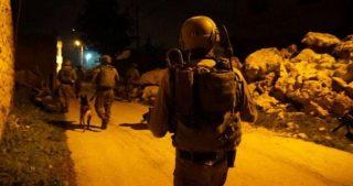 Incursioni israeliane in Cisgiordania e scontri con giovani locali