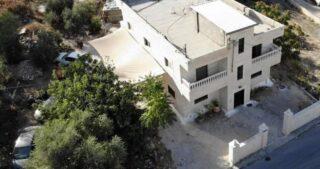 L'IOA raderà al suolo la casa della guardia principale di al-Aqsa a al-Issawiya
