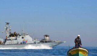 Due bambine ferite dalla Marina israeliana sulla spiaggia nel sud della Striscia di Gaza
