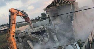 IOF demoliscono diverse strutture a Gerusalemme e Betlemme