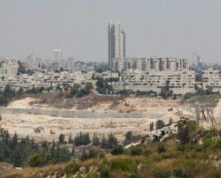 Israele costruirà centinaia di unità coloniali in Cisgiordania