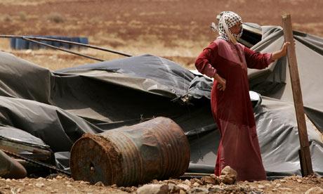 La dura vita di un villaggio beduino: le avversità create dall'occupazione israeliana in una regione che sfugge all'attenzione dei Media