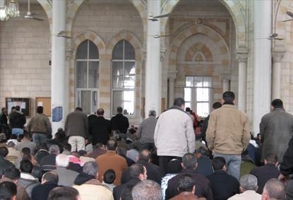 Crisi Anp-Al Jazeera: gli imam non ascoltano gli ordini del ministro al-Habbash