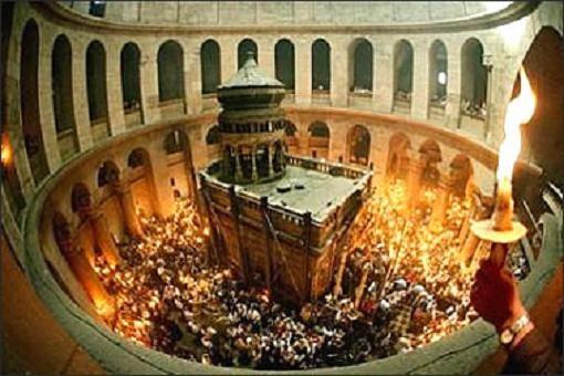 Pasqua cristiana: Israele vieta accesso al Santo Sepolcro. Aggressioni ai fedeli