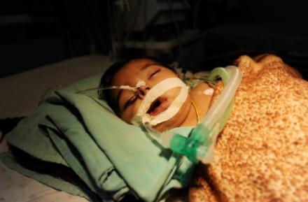 Crisi medica cronica a Gaza. Bimbo muore a causa dell'assedio