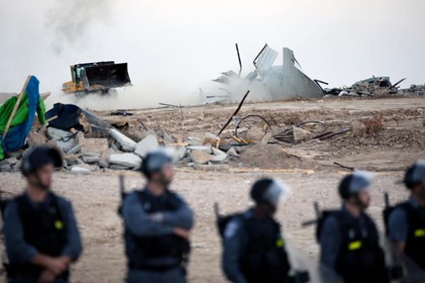 Piano di transfer (deportazione) delle comunità beduine intorno a Gerusalemme