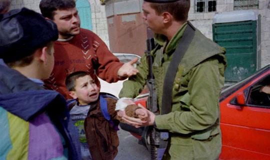 Novembre 2010: 423 palestinesi arrestati. 75 minori agli arresti domiciliari