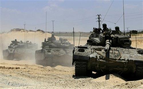 Incursione dell'esercito israeliano e spari contro un corteo pacifico nel sud della Striscia