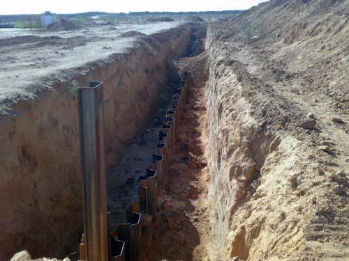Tribunale egiziano valuta di fermare la costruzione del muro d'acciaio con Gaza