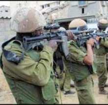 Campagna israeliana di assalti e arresti in numerose città della West Bank.