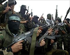 Tragico bilancio degli scontri interpalestinesi di questi giorni: 7 morti e 60 feriti