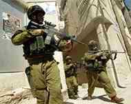 Le truppe israeliane hanno invaso Ramallah: 4 morti e 20 feriti, tra cui un giornalista.