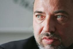 Lieberman: dobbiamo rivedere gli accordi di Oslo.