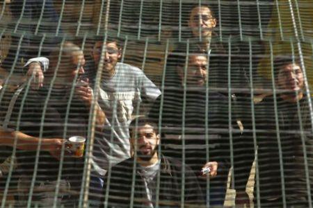 2011: 200 le aggressioni nelle prigioni. Israele ora vuole chiudere il carcere del Negev